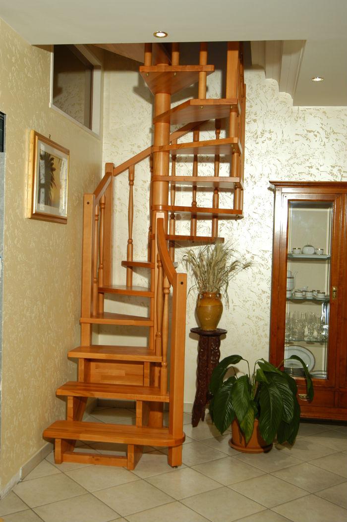 Escalera de caracol cuadrada / estructura de acero inoxidable / con ...
