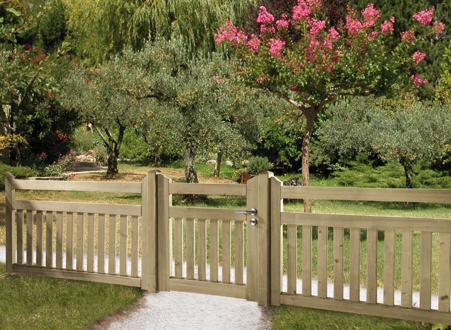 valla de jardn con barrotes de madera braun wuerfele