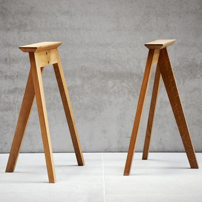 Caballete de mesa moderno - NEO by Alexander Nettesheim - Jankurtzmöbel