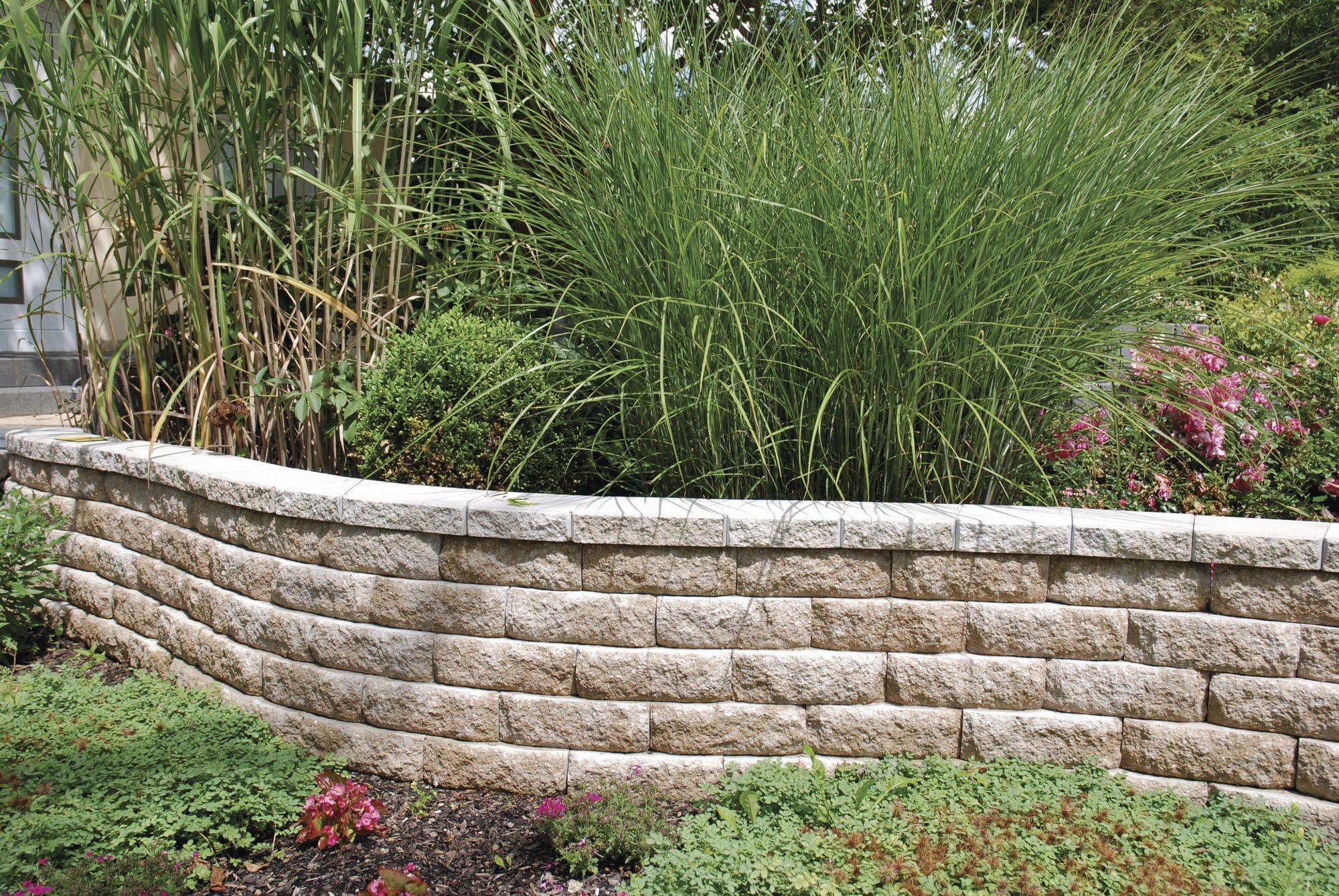 Muros De Piedra Para Jardines Interesting Muro De Contencin De