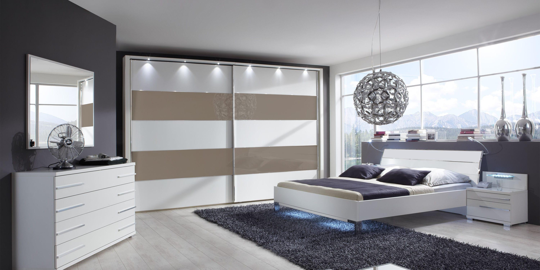 armario moderno de madera con puertas corredizas con espejo hollywood wiemann