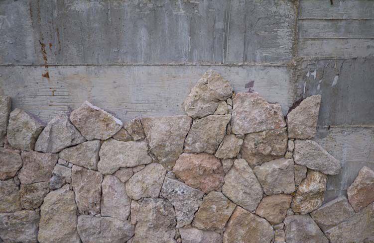 Revestimiento De Fachada De Piedra Natural Texturado En Placas