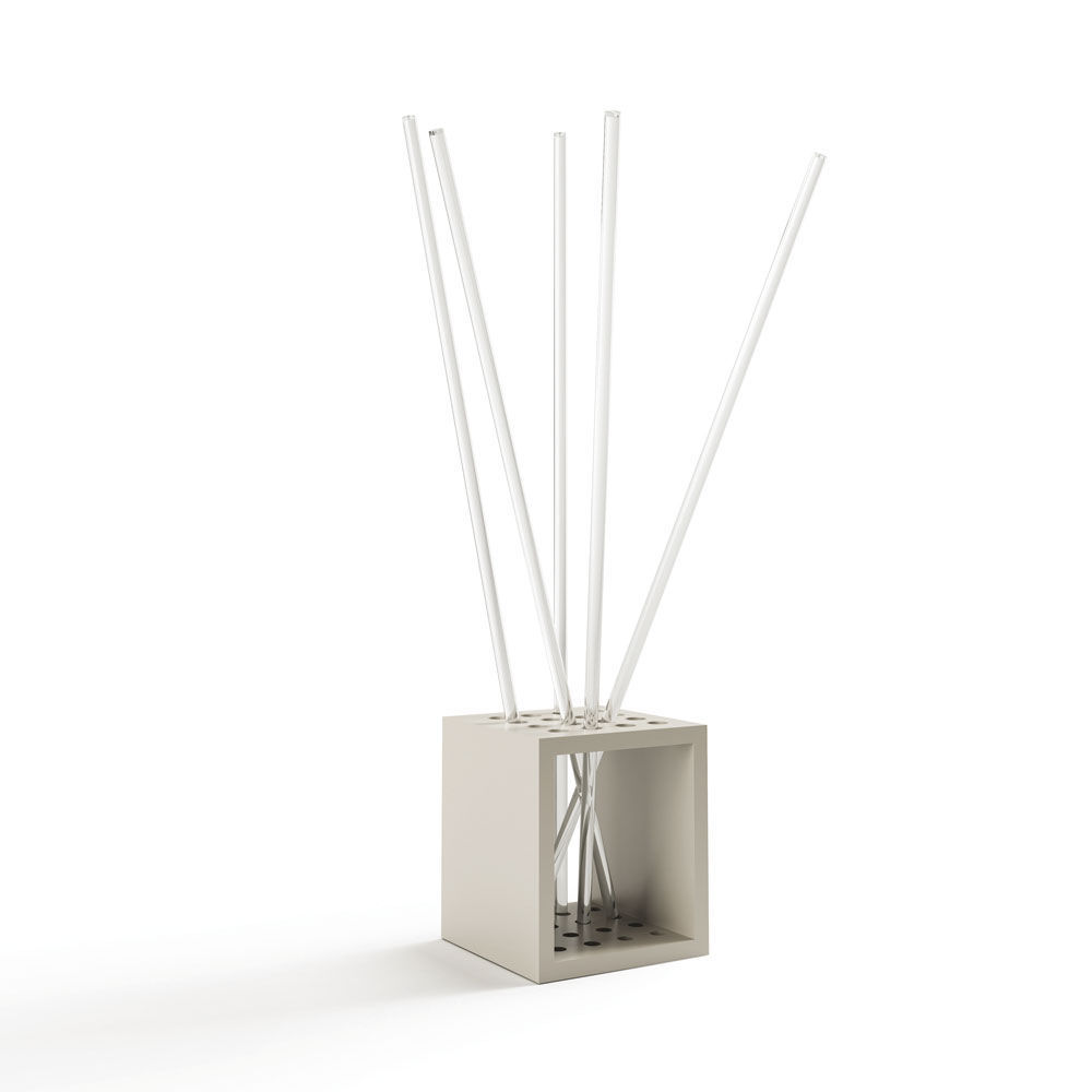 perchero de pie moderno de diseo original de material plstico scatola by stefano
