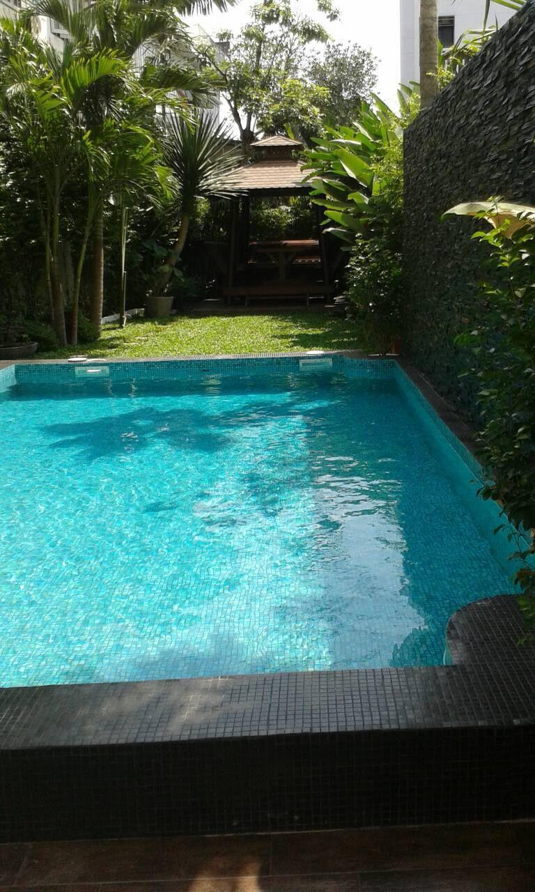 30c617e9e4613 awesome piscina enterrada de fibra de vidrio a medida de exterior castor with  piscinas de fibra a medida.