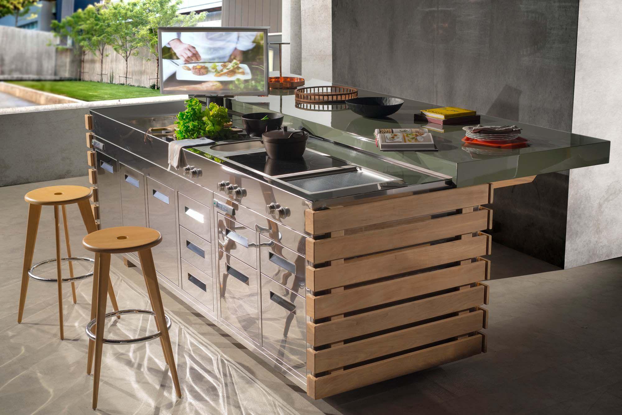 Cocina moderna / de acero inoxidable / de fibra de vidrio / con isla ...