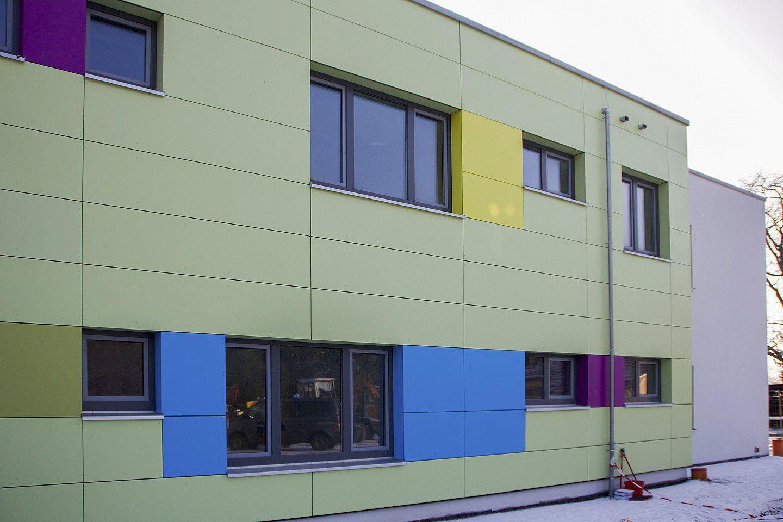 Revestimiento de fachada de fibrocemento pintado de - Pintado de fachadas ...