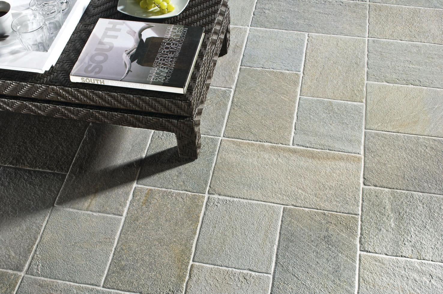 baldosa de exterior para pavimento de gres porcelnico de color liso bioarch barge grigia