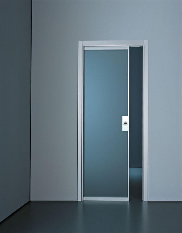 puerta de interior corredera de vidrio de aluminio planus by antonio citterio tre