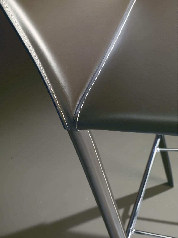 Silla de bar moderna / tapizada / de cuero / de metal - LINDA ...