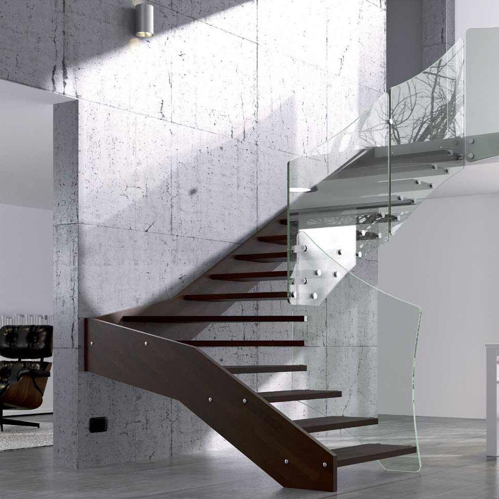 escalera en l con peldaos de vidrio estructura de madera sin fly xc xr