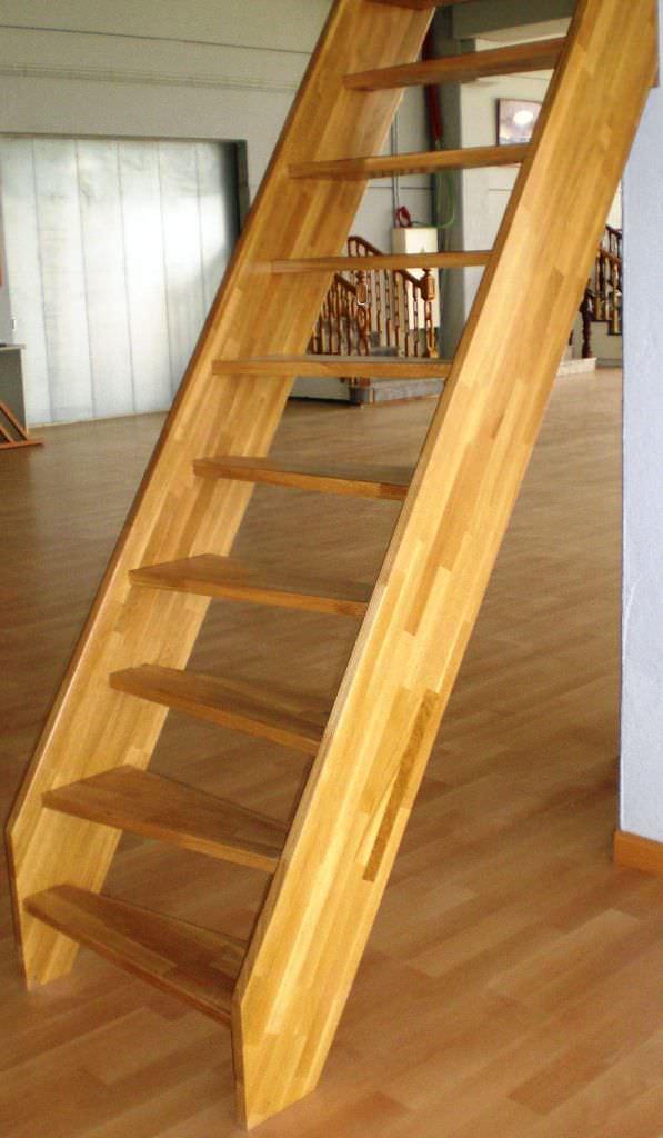 escalera recta con peldaos de madera estructura de madera sin escaleras yuste