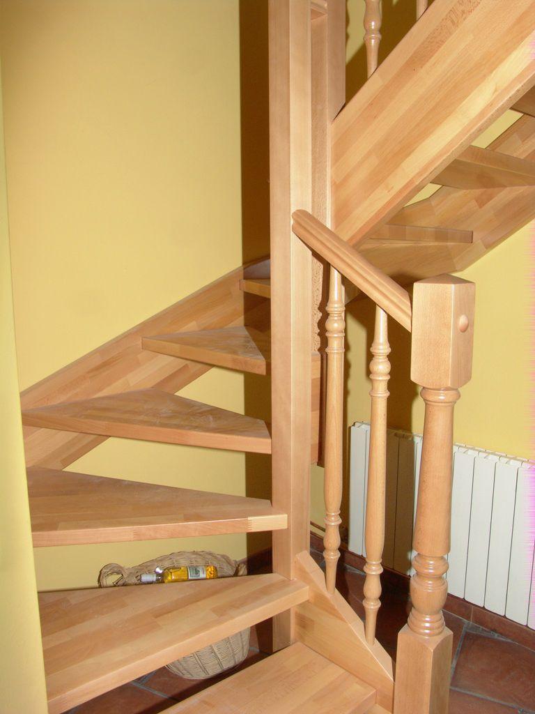 escalera en u con peldaos de madera estructura de madera sin contrahuellas beech - Escaleras Madera