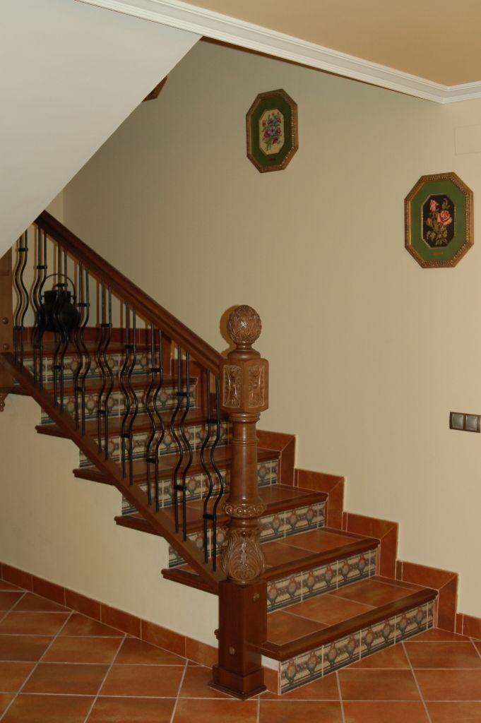 Barandilla De Escalera Interior. Escalera De Acero Inoxidable ...