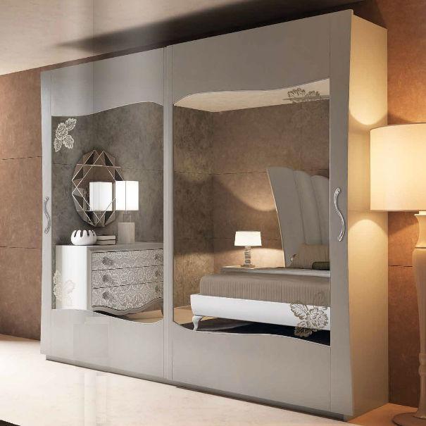 armario de estilo de madera de madera lacada con puertas corredizas st tropez
