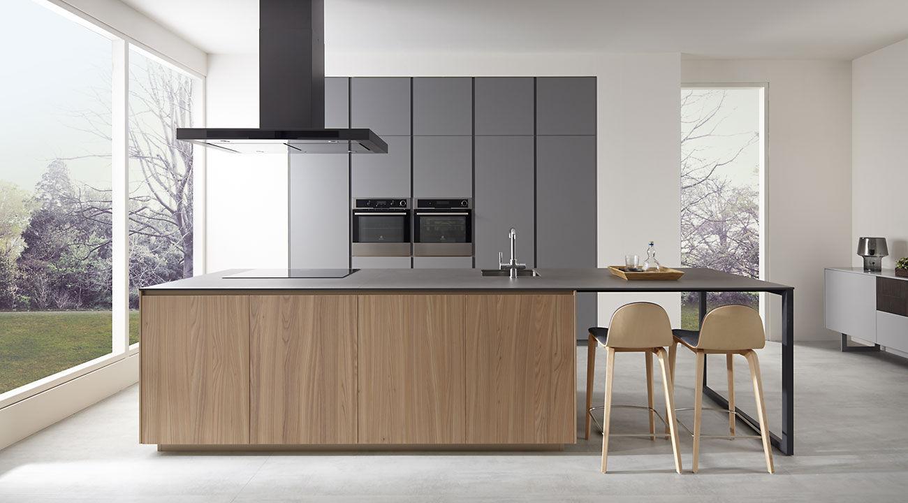 Cocina moderna / de madera / con isla - GRIS TORMENTA OLMO NATUR - Dica