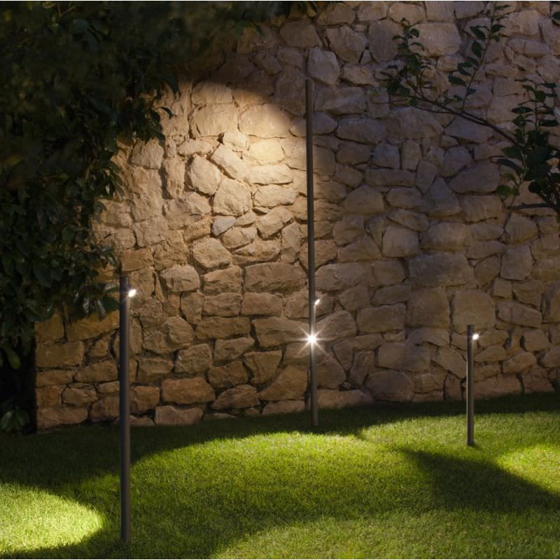 bolardo de iluminacin para jardn moderno de metal de metacrilato bamboo by a arola u e rodrguez