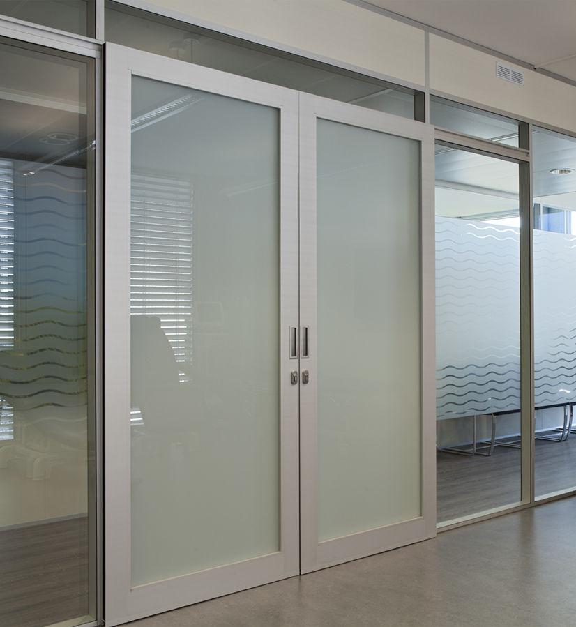 puerta de interior corredera de aluminio para edificio pblico h