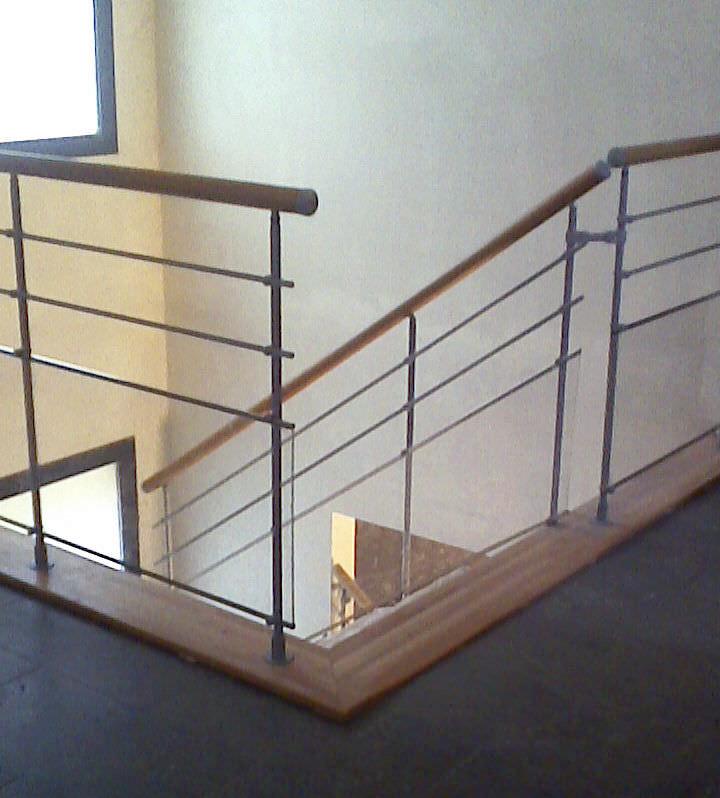 barandilla de metal con barrotes de interior para escalera hierro escalkit