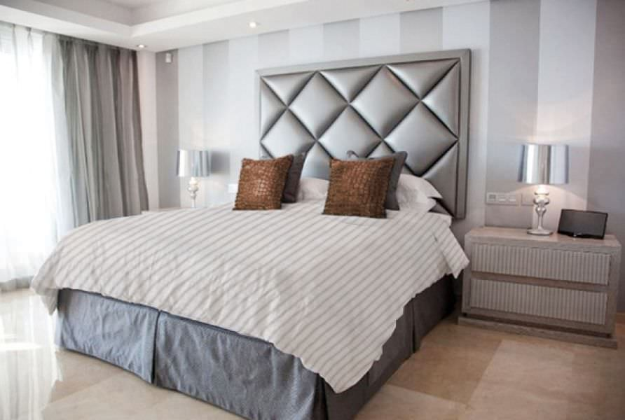 cabecero para cama doble moderno de tela diamond
