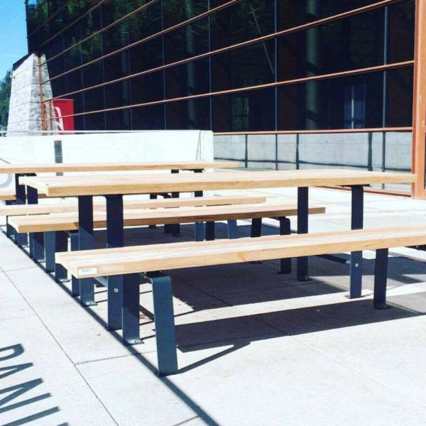 8f92c4a4ca82 mesa de pícnic clásica / de madera / de acero galvanizado / rectangular -  ZETA by Thomas Winkler