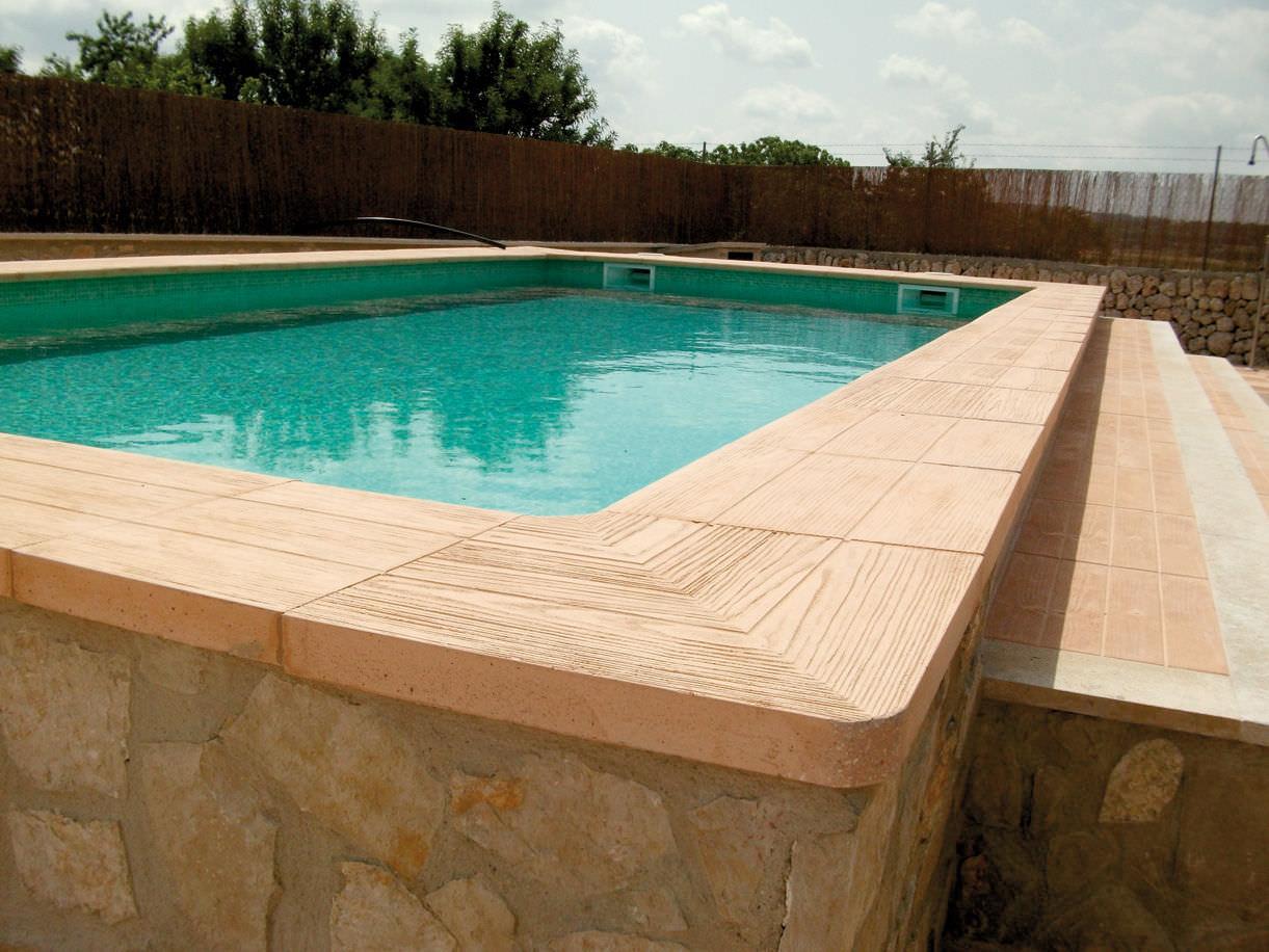 Borde de piscina de piedra reconstituida CANAD Verniprens