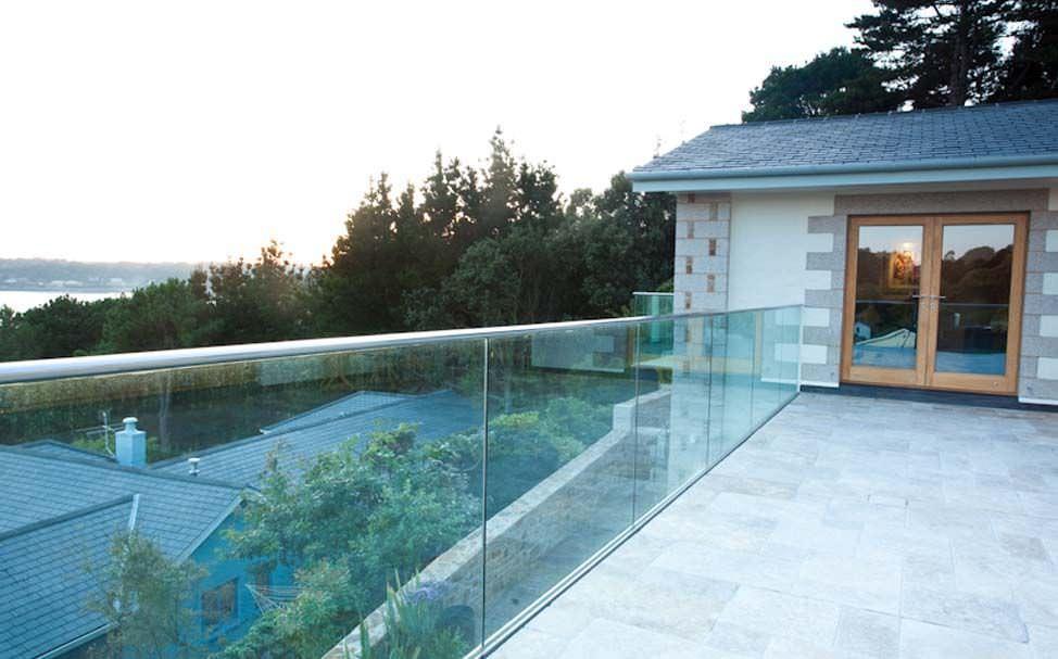 barandilla de acero inoxidable con paneles de vidrio de exterior para balcn beach