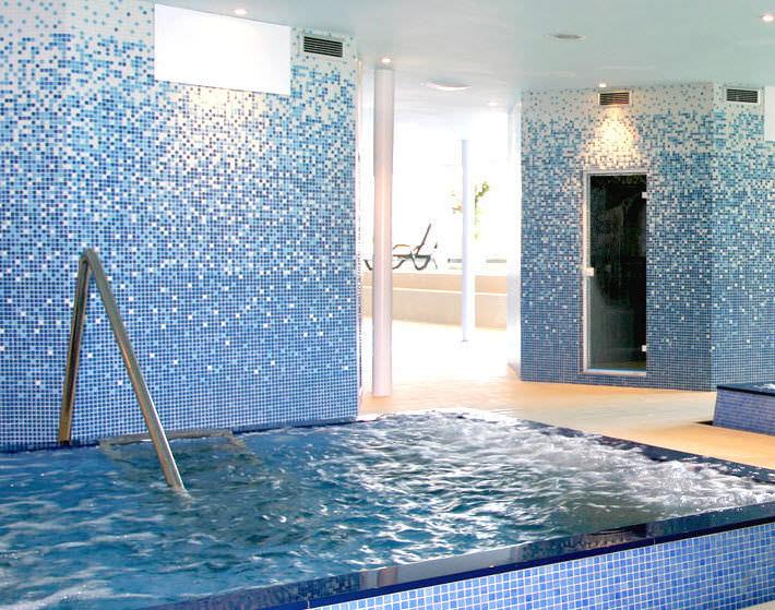 mosaico de interior para piscina de pared para suelo gradations hisbalit