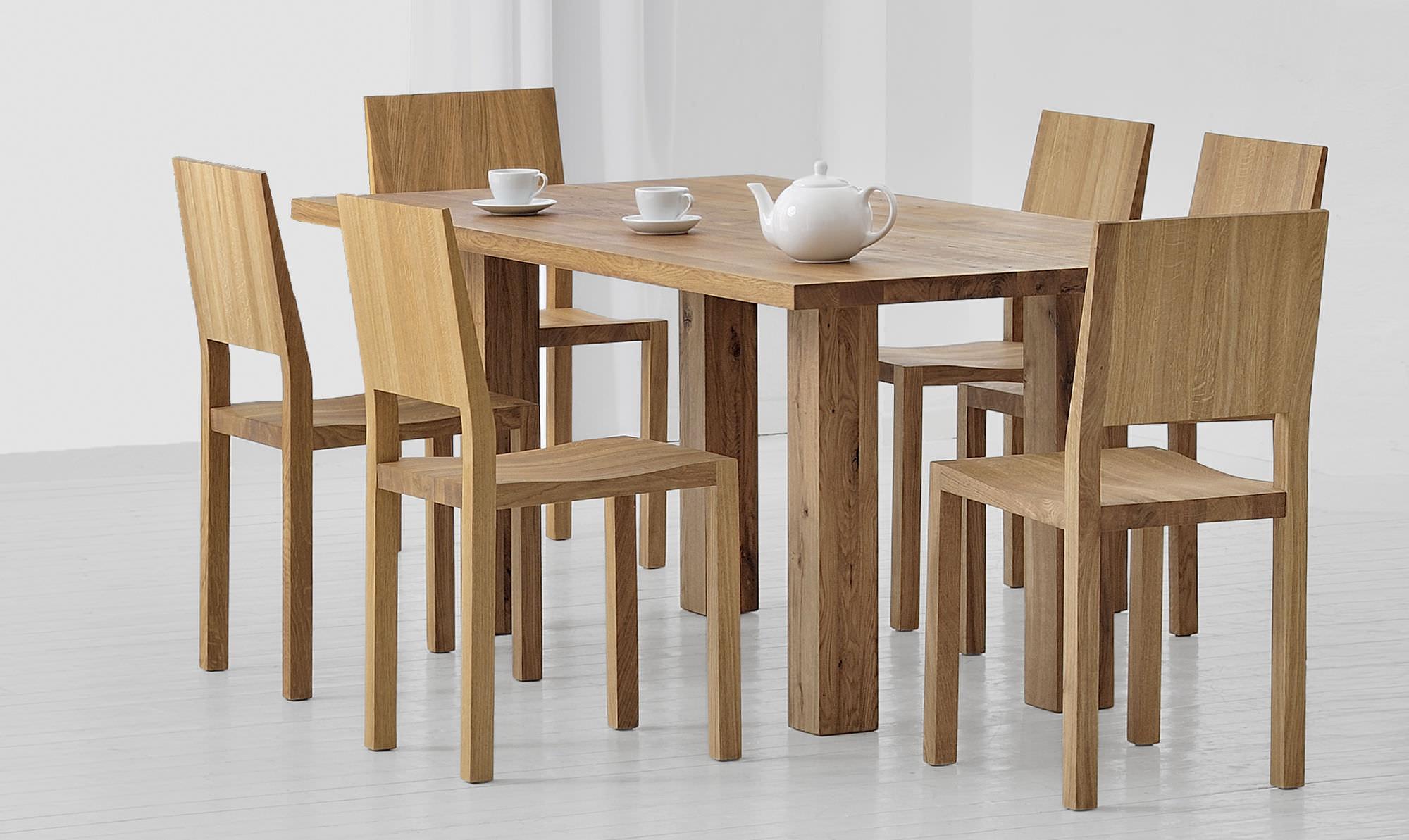 Mesa de comedor moderna / de madera maciza / rectangular / a medida ...