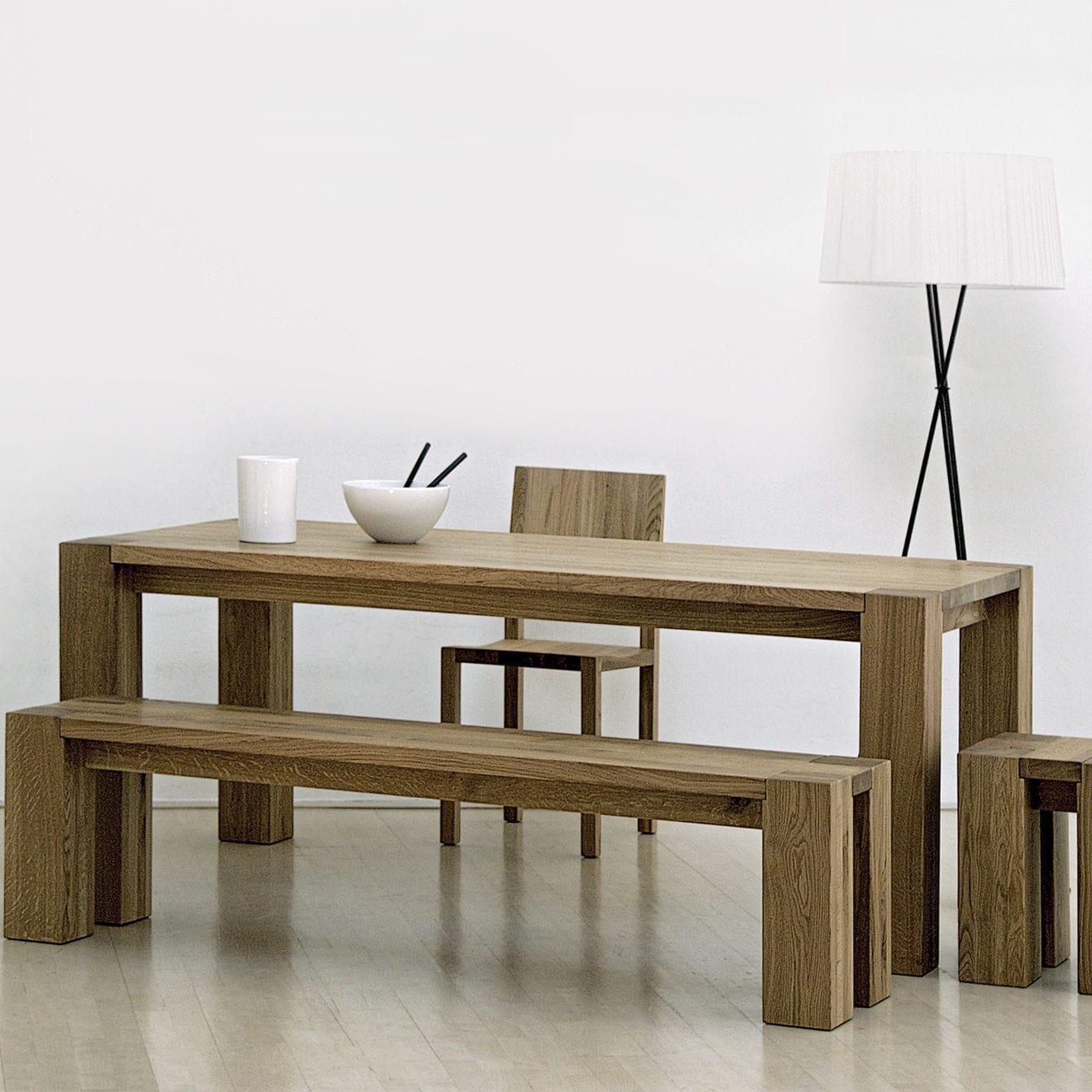 mesa de diseo bauhaus de madera maciza rectangular de interior taurus vitamin design