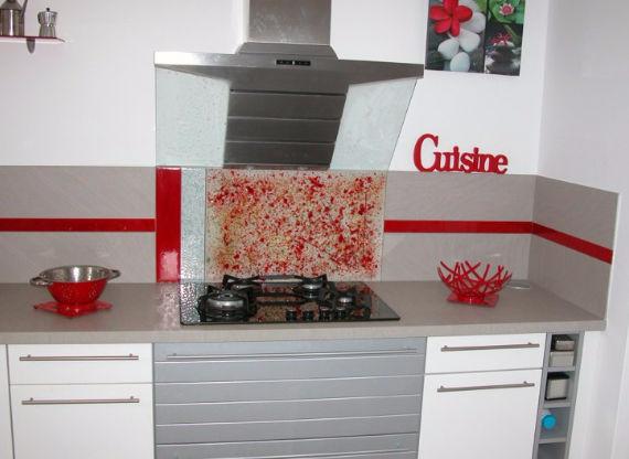Panel decorativo de revestimiento / de vidrio / para cocina / contra ...