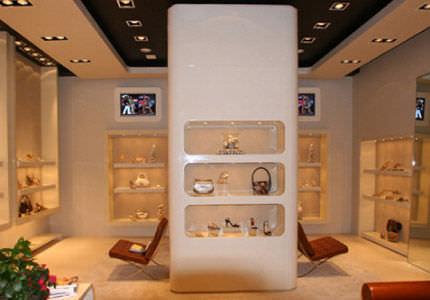 ... estantería mural   moderna   de madera   para tienda de zapatos ... fd48a1e03571