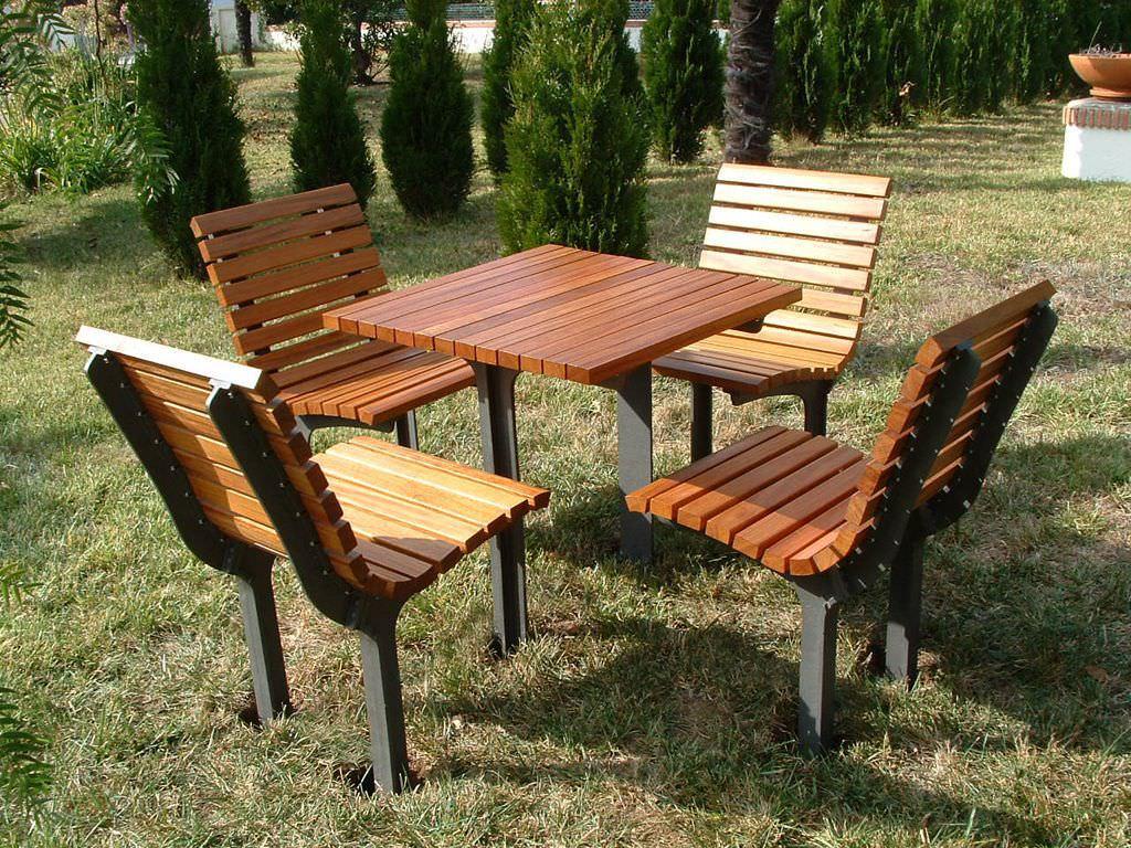 Conjunto de mesa y silla moderno / de madera / de hierro fundido ...
