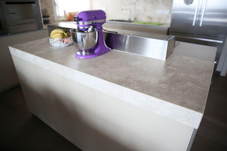 Encimera de cocina de piedra natural / para uso residencial / para ...