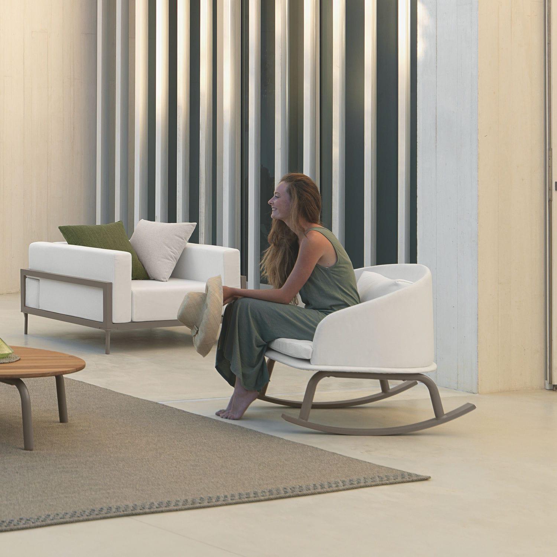 Sillón moderno / de tejido / de aluminio / con revestimiento ...