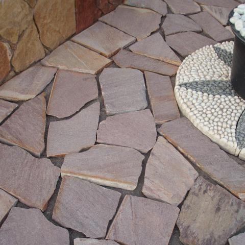 Pavimento de piedra natural