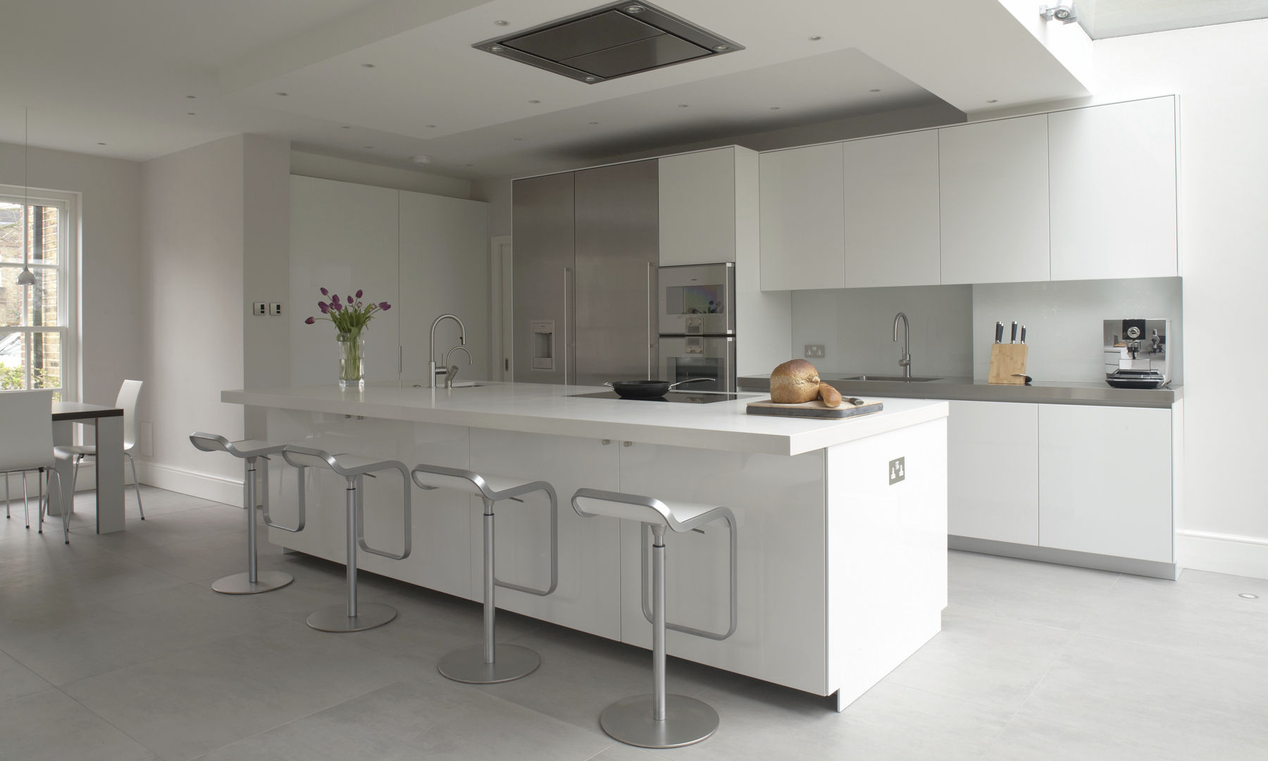 Cocina moderna / de acero inoxidable / de material laminado / con ...