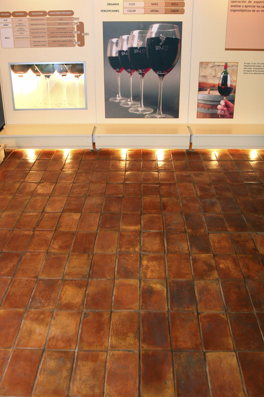 baldosa para suelo de terracota mate rstica rectangular ceramicas antonio aleman with suelos rusticos para interior