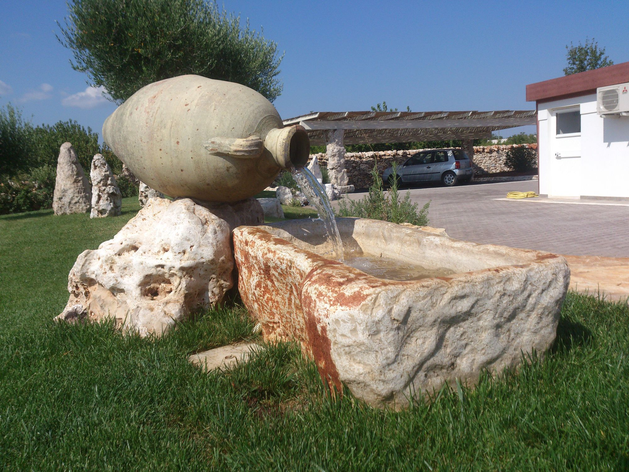 Fuente de jardn pblica de piedra natural Un Mondo in Pietra