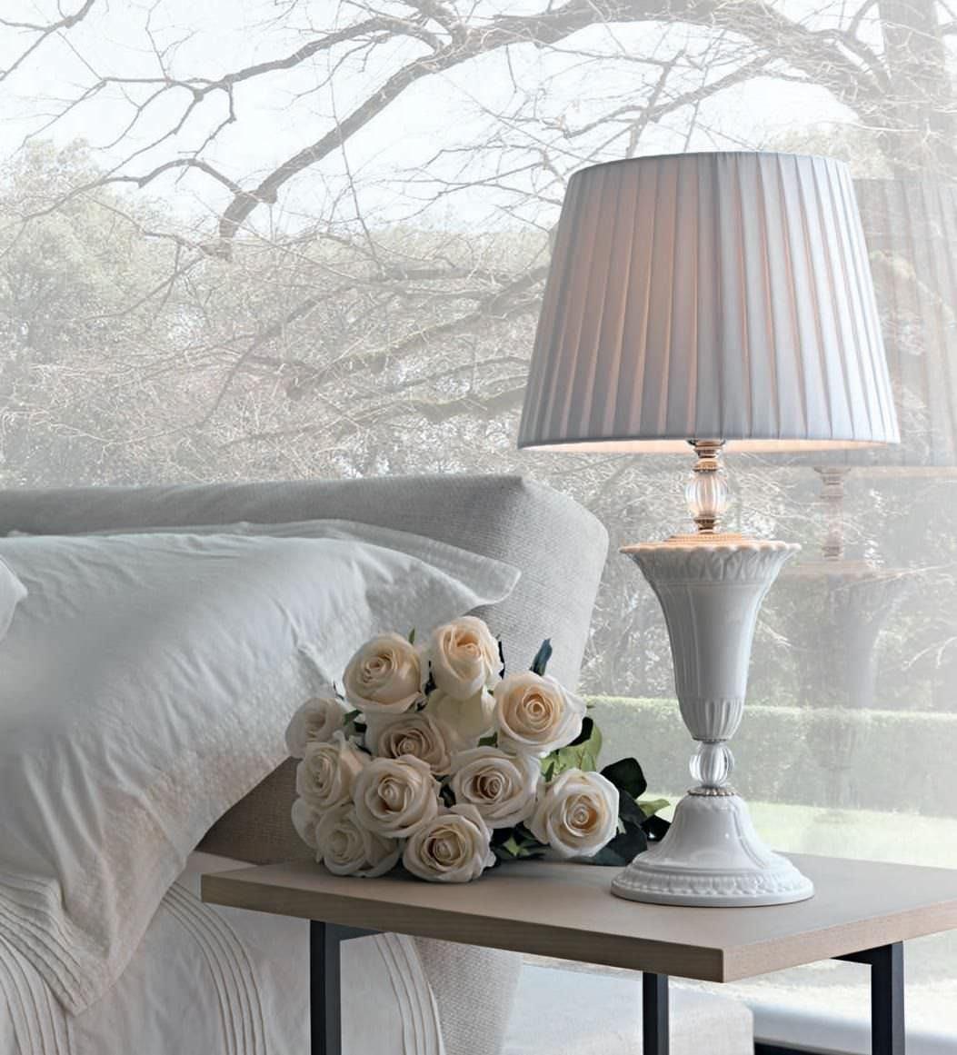 LUGARES  DE ENSUEÑO - Página 2 Lampara-mesa-estilo-interior-58898-2221807