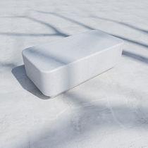 Mesa de centro moderna / de hormigón reforzado con fibra / rectangular / de exterior