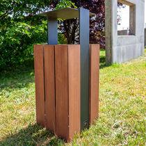 Cubo de basura público / de metal / de madera / moderno