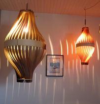 Lámpara suspendida / moderna / de madera / de interior