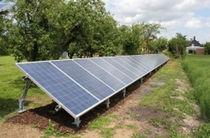 Estructura de soporte en suelo / para cubierta de tejas / para módulo fotovoltaico