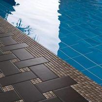 Mosaico de interior / para piscina / para suelo / de cerámica