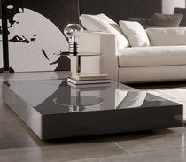Mesa auxiliar / moderna / de titanio / cuadrada
