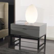 Mesilla de noche moderna / de madera / de madera lacada / rectangular