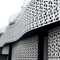 Revestimiento de fachada de metal / mate / termolacado / perforado