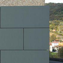 Panel sándwich para fachada / cara metálica / alma de nido de abeja