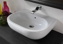 Lavabo sobre encimera / de cerámica / moderno