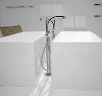 Grifo monomando para bañera / para suelo / de metal cromado / de latón